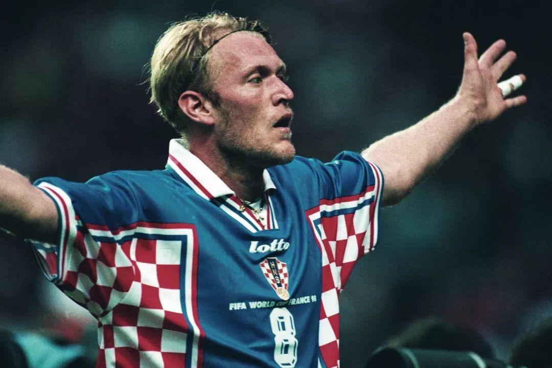 这些90年代足球球衣,老爹们一定很熟悉!