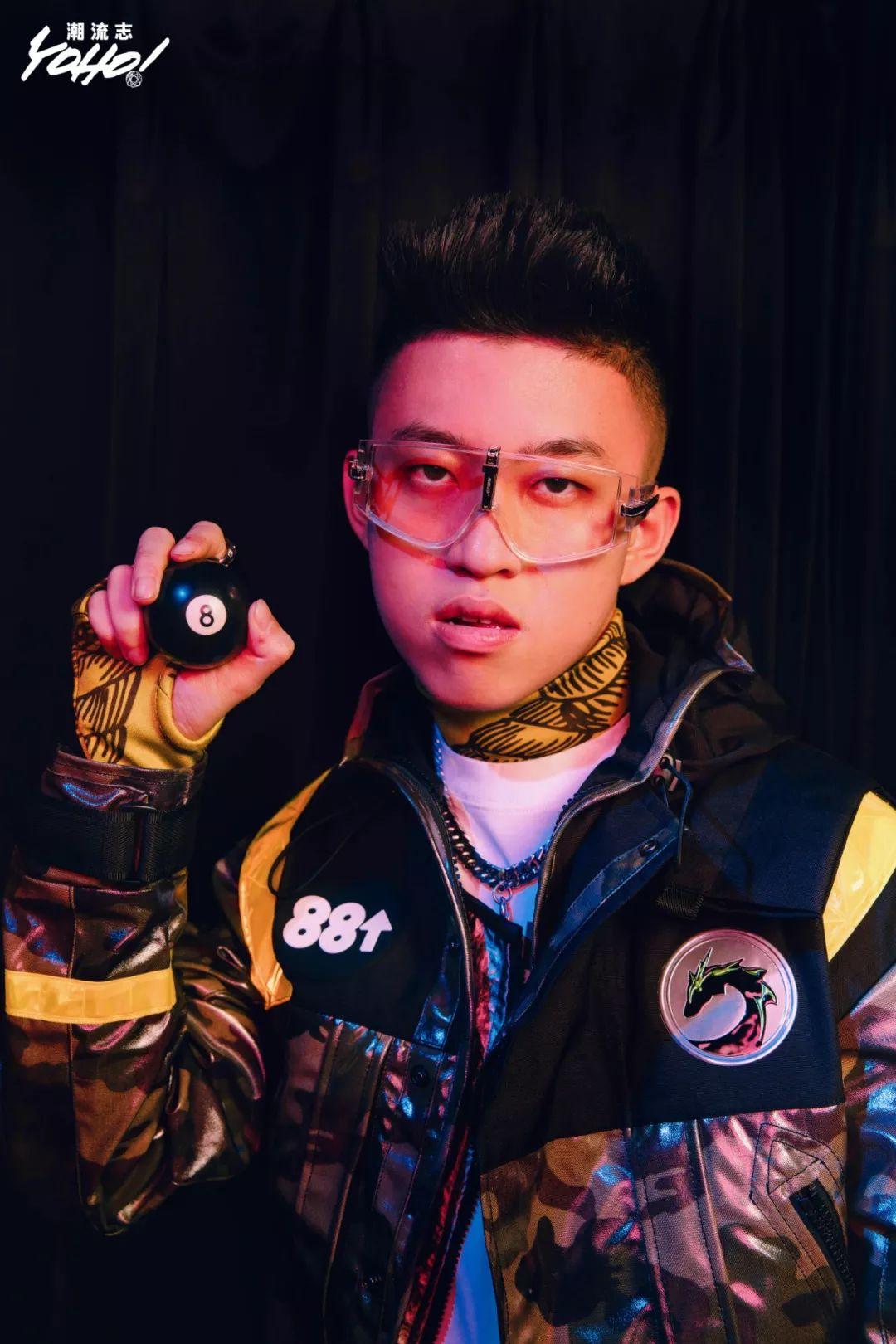 土酷, 网红, 无厘头… 清空Instagram的这一年, 他成为了真正的「黄皮肤Rapper」| Rich Brian