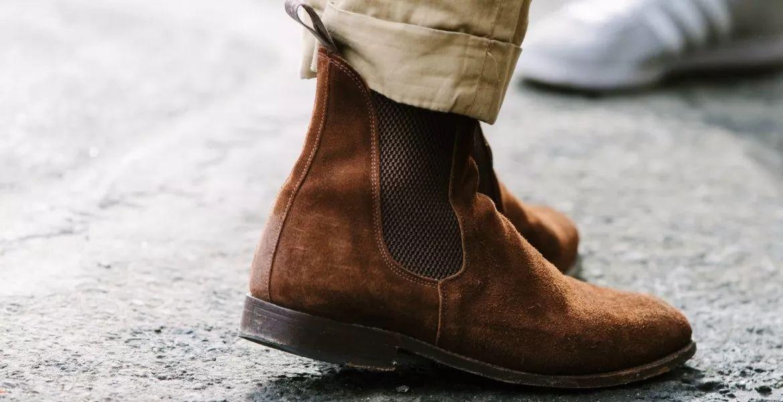 所以 切尔西靴 也成为了不少时髦男士的必备鞋款.